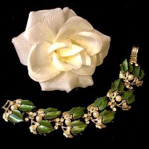 Jewelry - 1950s Thermoset Rhinestone Pearl Panel Bracelet